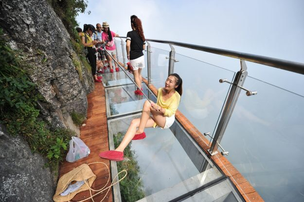 M Transparent Glass Skywalk Opens In China - China opens worlds longest skywalk