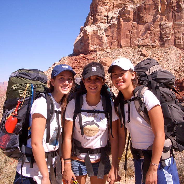 friends-backpacking