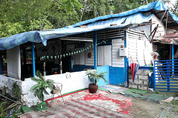 Kampung Lorong Buangkok House