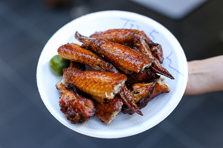 Chomp Chomp Chong Pang Chicken Wings