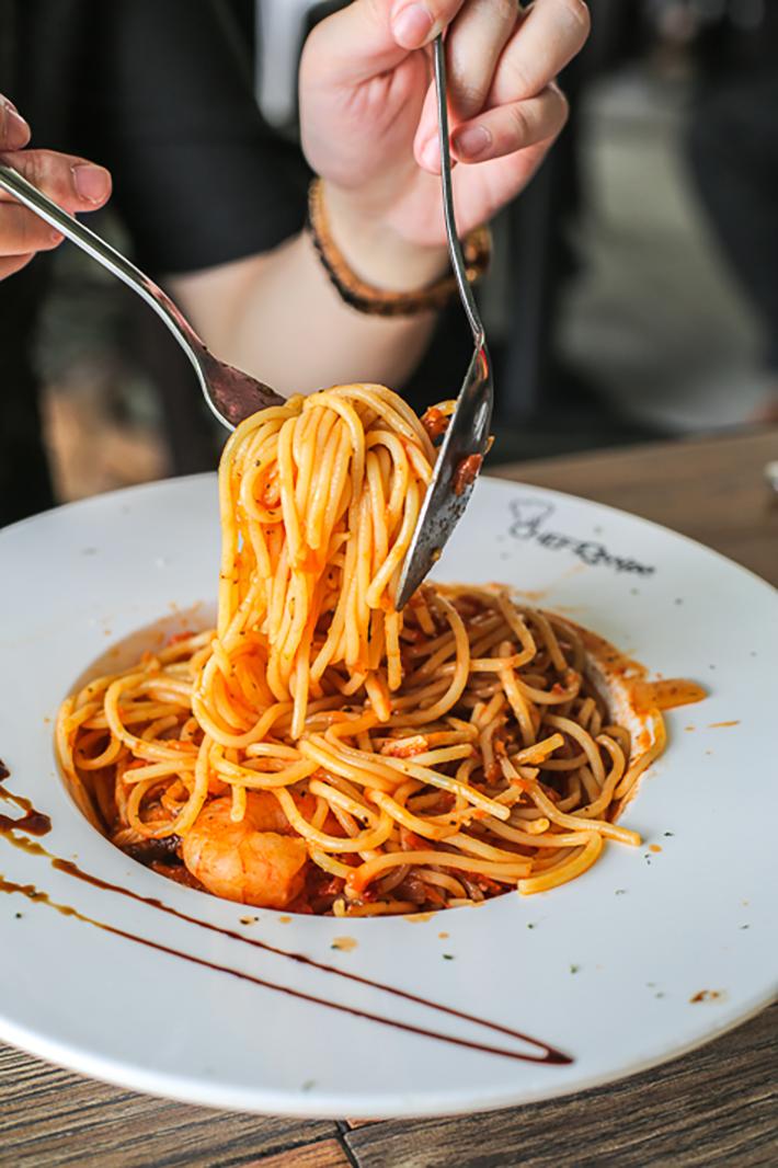Chef Recipe Tiger Prawn Pasta 2