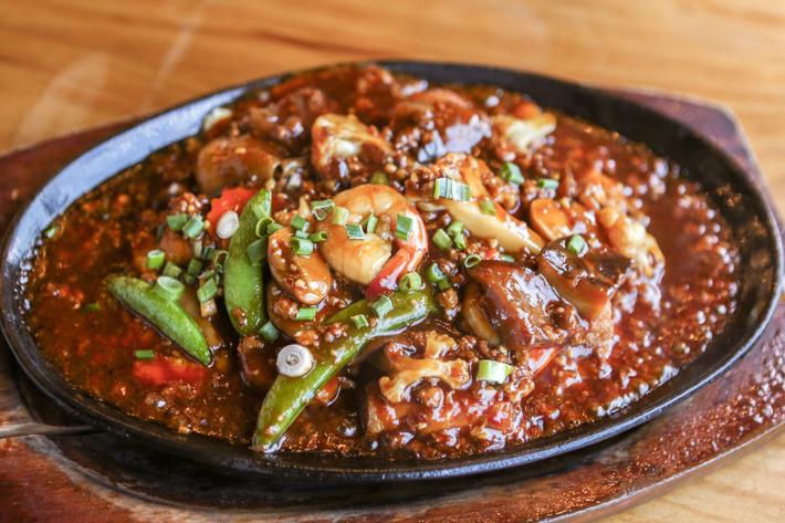Yalong Bay Hotplate Tofu