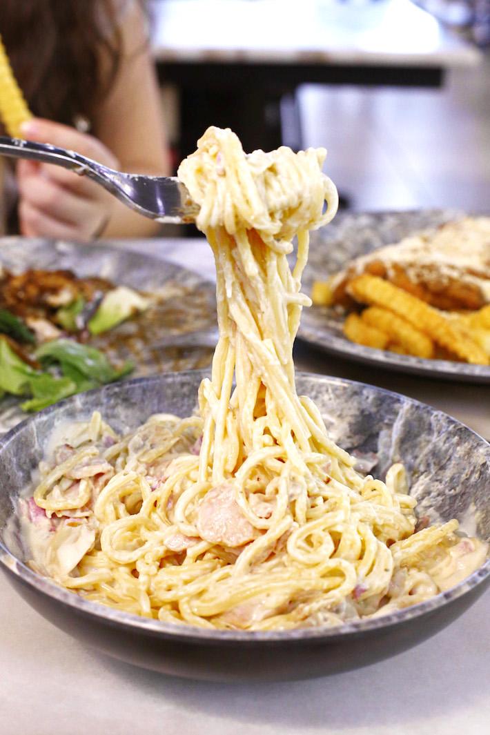 Le Taste Bonara Pasta
