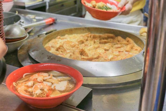 Wei Yi Laksa and Prawn Noodle 1